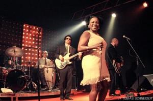 Sharon-Jones2